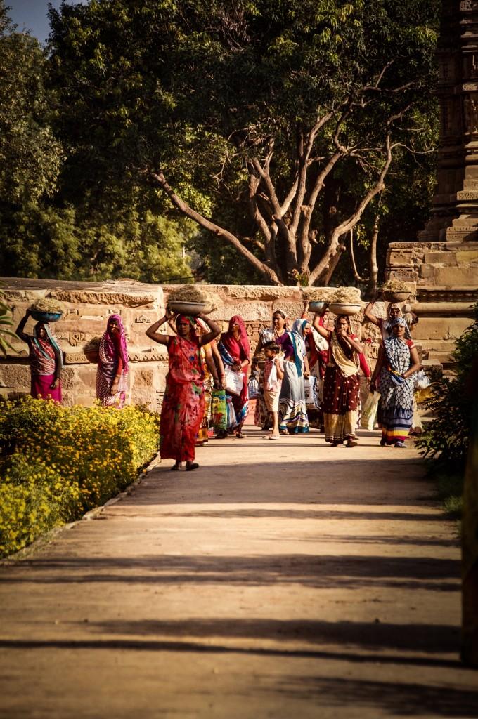 Indie_kobiety_sari_qmamkasze